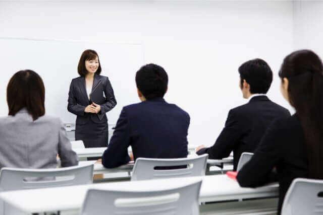 ビジネス英語類推力を高める接尾辞・ビジネスマナーノックの回数